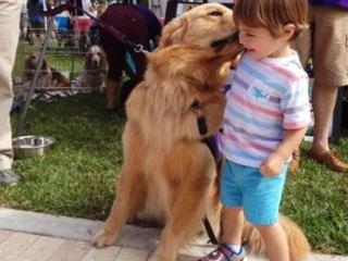 Mason likes to kiss everyone!